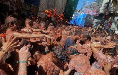 [新聞] 西班牙「番茄大戰」又來了! 145噸番茄變「紅海」