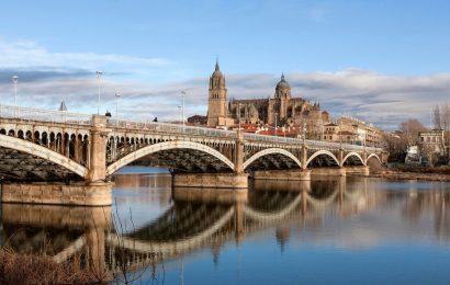 [新聞]西班牙移民旅遊業助力房產市場